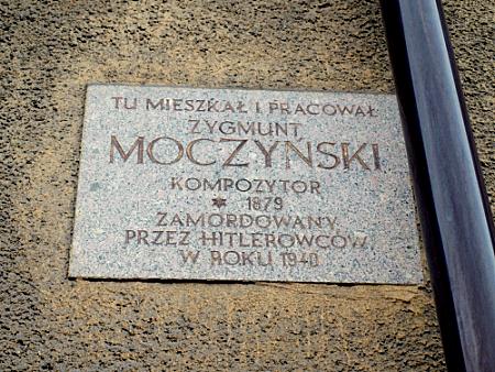 zygmunt moczynski tablica w Toruniu